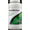 <b>Seachem Equlibrium 600g</b><br /><br /><p>Equlibrium jest preparatem przeznaczonym specjalnie dla akwariów roślinnych, mającym na celu dostarczenie właściwej ilości składników mineralnych. Nie zawiera sodu i chloru (których podwyższony poziom może być szkodliwy dla roślin). Produkt nadaje się do użycia z każdym rodzajem wody destylowanej, dejonizowanej lub uzyskanej z filtra odwrotnej osmozy.</p>
