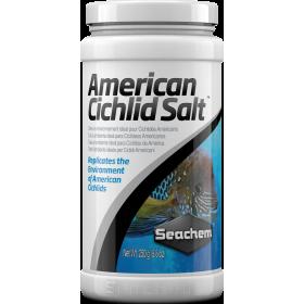 <b>Seachem American Cichlid lake salt - sól amerykańskie pielęgnice</b><br /><br />&lt;p&gt;American Cichlid Salt jest naturalną,zdrową mieszanką soli zaprojektowaną do odtworzenia naturalnego środowiska amerykańskich pielęgnic.&lt;/p&gt;