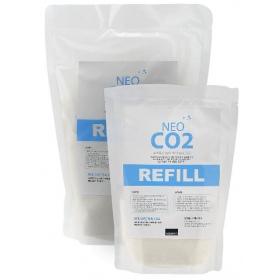 <b>Neo CO2 Refill - uzupełnienie biologiczne CO2</b><br /><br /><p>Neo CO2 System to kompletny zestaw CO2 oparty na pracy naturalnych drożdży. Żelowa postać zacieru jest równomiernie pobierana i zapewnia stałą emisję CO2 przez długi czas, a dodatkowo żelowy zacier dostarcza czystą postać dwutlenku węgla. Zestaw jest łatwy i bezpieczny w użyciu.</p>