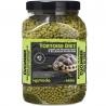 <b>Komodo Tortoise Diet Cucumber 680g - pokarm dla żółwi</b><br /><br /><p>Komodo Tortoise Diet to kompleksowa dieta, która została sformułowana, aby zapewnić pełną dietę dla popularnych europejskich gatunków żółwi domowych, takich jak: czerwonolicy, grecki, stepowy czy błotny.<br />Zawiera zrównoważoną zawartość witamin i minerałów, jego smak oraz zapach jest uwielbiany przez wszystkie żółwie, a postać granulek ułatwia podawanie, dzięki czemu karmienie jest niezwykle proste.</p>