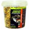 <b>Komodo Complete Diet for Turtles 240g - pokarm dla żółwi wodnych</b><br /><br /><p><span>Komodo Complete Mixed Diet to kompletna i pełna dieta przeznaczona dla żółwi wodnych. Odpowiednia kompozycja z naturalnych składników wzbogacona jest witaminami w tym wapnem. Mieszana jest bardzo atrakcyjna smakowo dla żółwi przez co jest chętnie pobierana. Dieta odpowiednia dla młodych i dorosłych żółwi.</span></p>
