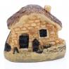 <b>Ant Expert - Leśny Domek jasny - mini dekoracja</b><br /><br /><p>Mikro dekoracja rzymski domekświetnie sprawdzi się w każdym formikarium, terrarium, akwarium czy w lesie w słoiku. Wykonana zceramikiodporna jest na wilgotność, działanie wody oraz wysoką temperaturę. Dekoracje Ant Expert są jednymi z najładniejszych na rynku. Precyzyjne malowanie odbywa się ręcznie.</p>