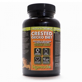 <b>Komodo Advanced Gecko Diet + Vitamins 180g - tropical fruit</b><br /><br /><p>Advanced Gecko Diet to opatentowana formuła probiotyczna pełniąca rolę kompletnej diety oraz odpowiedniej porcji witamin o proporcjach specjalnie dedykowanych dla Gekona Orzęsionego. Specjalna grupa herpetologów, hodowców oraz weterynarzy z Wielkiej Brytani odegrała kluczową rolę podczas komponowania składupokarmuAdvanced. Pokarm jest w uniwersalnym i ulubionym smaku owoców tropikalnych.</p>