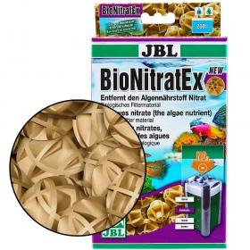 <b>JBL BioNitratEX - wkład biologiczny 100szt</b><br /><br /><p>Wkład BioNitratEX do złudzenia przypomina popularne bioball'e. Jednakże, nie jest nim! Kuleczki wkładu rozkładają się pod wpływem działania bakterii. Doskonale usuwają z wody nadmiar azotanów NO3, które są przyczyną powstawania wszelkiego rodzaju glonów w akwarium.</p>